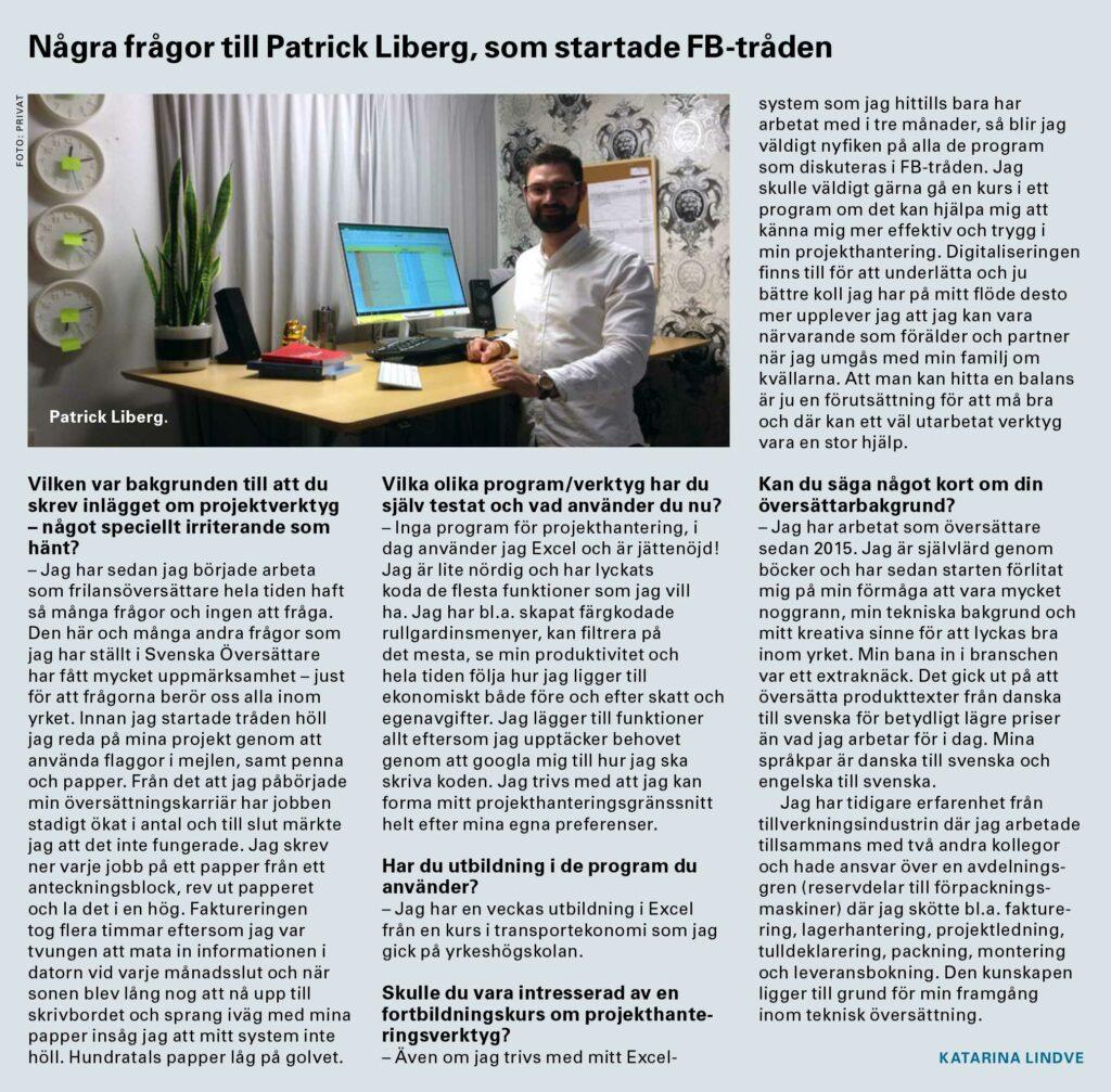Tidsskriftsudklip, som viser Patrik Högkvist i hvid skjorte, mens han arbejder med oversættelse fra dansk til svensk ved sin computer.